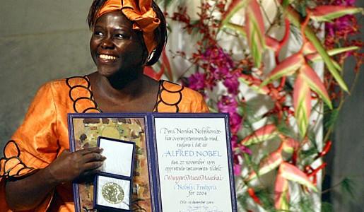Wangari Maathai est la première femme africaine à recevoir le Nobel de la Paix. (Photo: Pressens Bild AB)