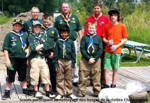 Scouts de Chateauguay-participants au nettoyage des berges de la rivière Chateauguay. (Photo: infosuroit.com)