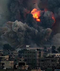 Explosion d'armes à l'uranium appauvri à Gaza. (Photo: Mohammed Saber)