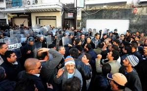 Manifestation à Tunis en soutien à Sidi Bouzid, 27 décembre 2010. (Photo: Makouka)