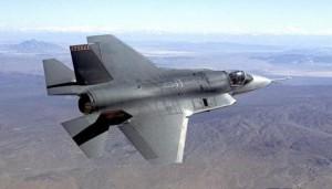 Le gouvernement Harper a l'intention d'acheter 65 avions de chasse F-35 JSF : un contrat sans appel d'offres de 9 milliards de dollars. (Photo : La Presse Canadienne /Northrop Grumman)