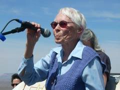 Sr Rosemary Lynch, Sacred Peace Walk, Nevavda, 2007. (Photo: inconnu)