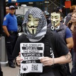 Anonymous, dont le symbole est le masque de Guy Fawkes, a Occupy Wall Street, 2011. (Photo: CC)