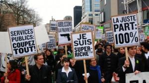 Humour: Manifestation de droite. Montréal, 2012. (Photo: André Querry)