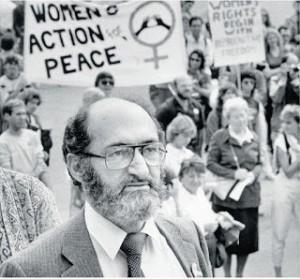 Morgentaler durant une manifestation pour la liberté de choix à Ottawa, 1983. (Photo: Paul Chiasson)