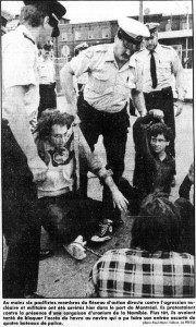 Arrestation suite à des actions contre l'uranium namibien à Montréal, août 1986. (Photo: archives La Presse)