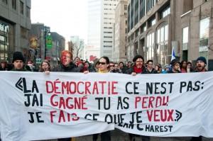 Manifestation blocage Loto-Québec en 2012. (Photo: Pierre-Luc Daoust)