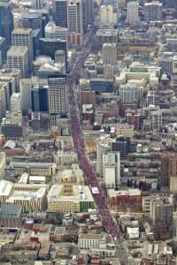 Manifestation 2012: vue aérienne de la rue Sherbrooke à Montréal. (Photo: inconnu)