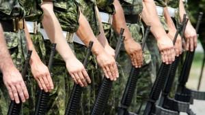 130318_fx98g_soldats-canadien_sn635