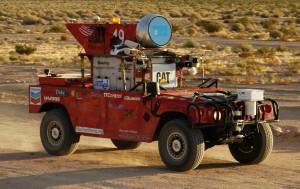 Sandstorm, le Hummer transformé de Carnegie, pour le concours DARPA 2004.